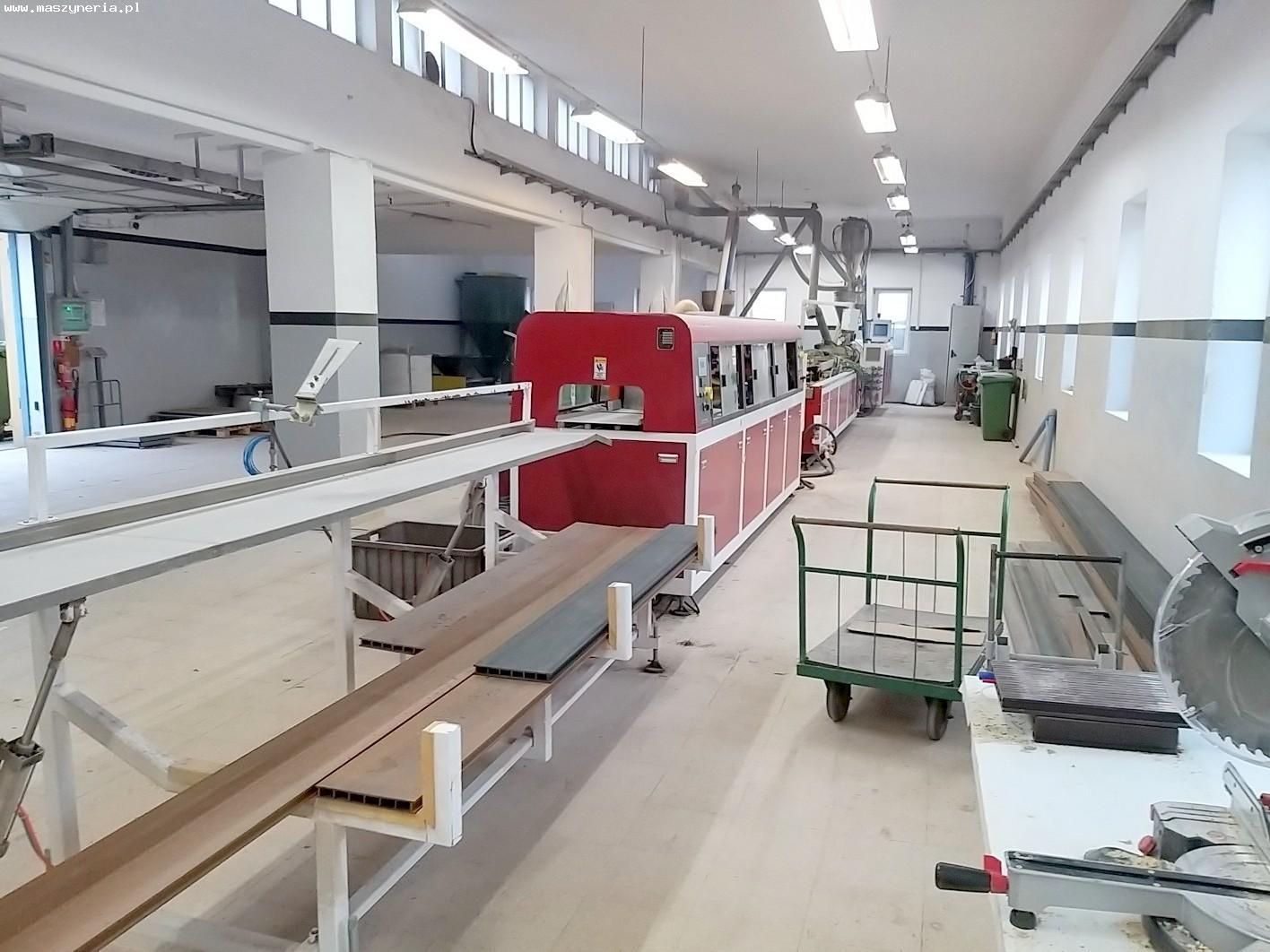Linea di produzione di decking composito in PVC JWELL in vendita - foto 2