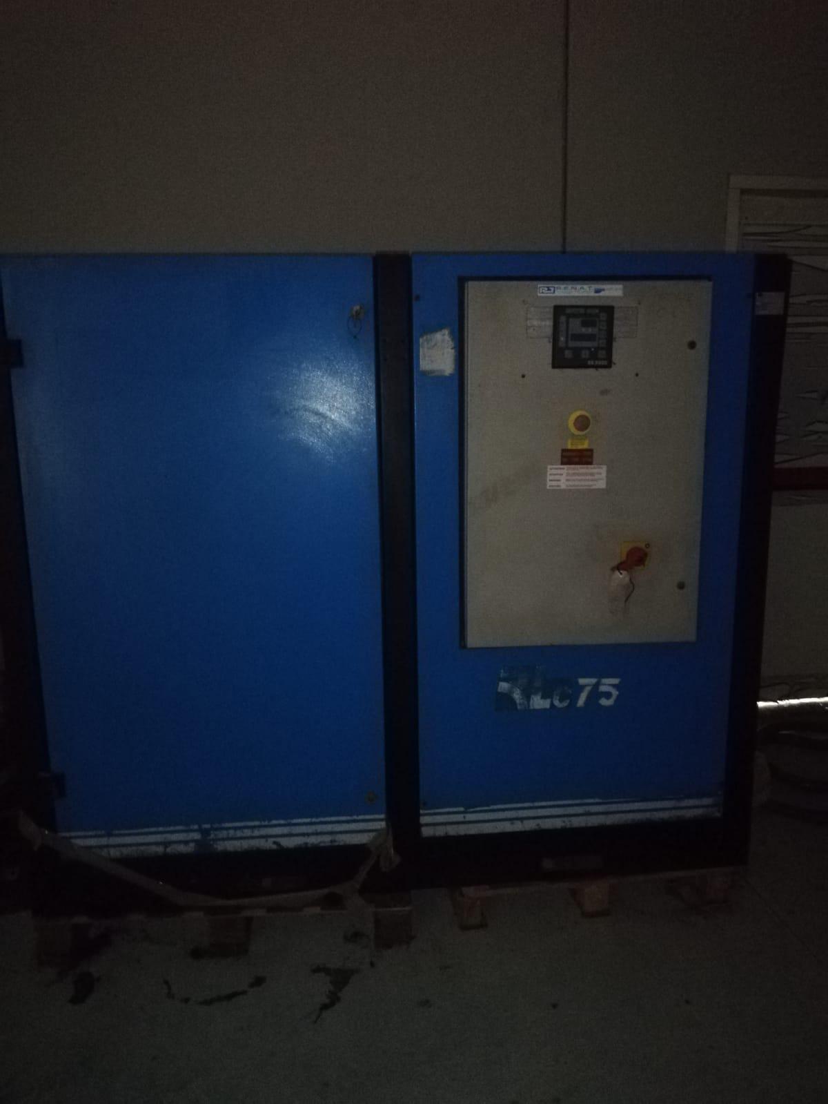Varie attrezzature industriali  in vendita - foto 11