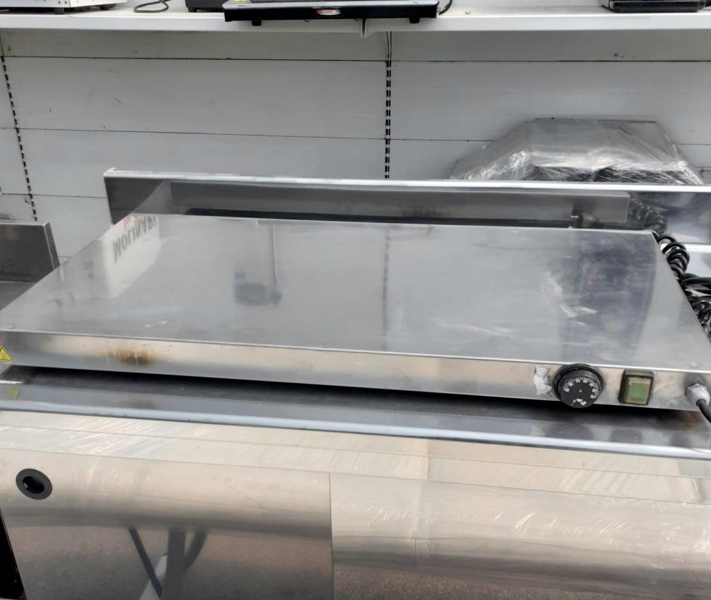 Base calda per vetrina espositiva in vendita - foto 1
