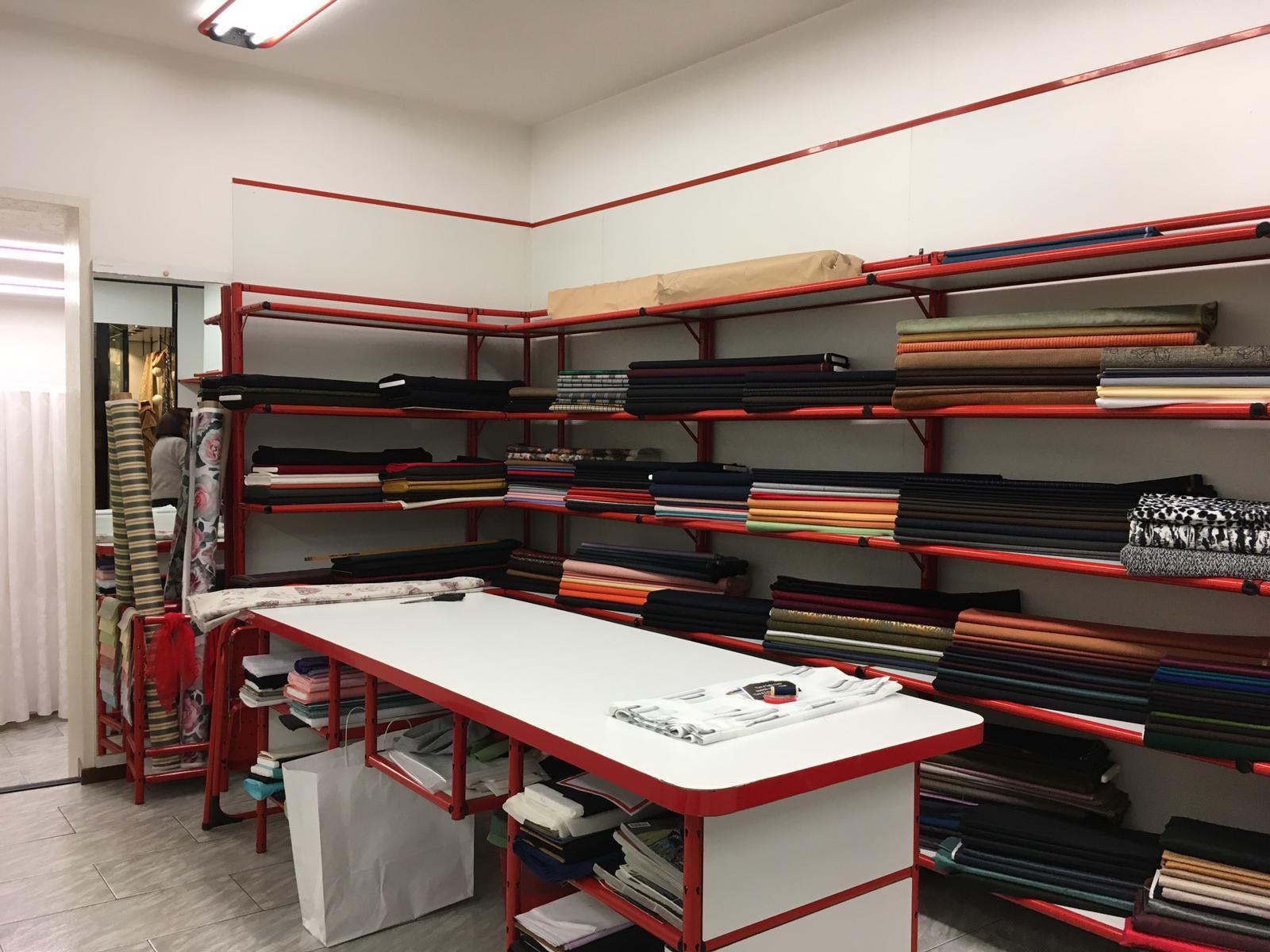 Arredamento modulare,vintage per Negozio in Vendita in vendita - foto 2