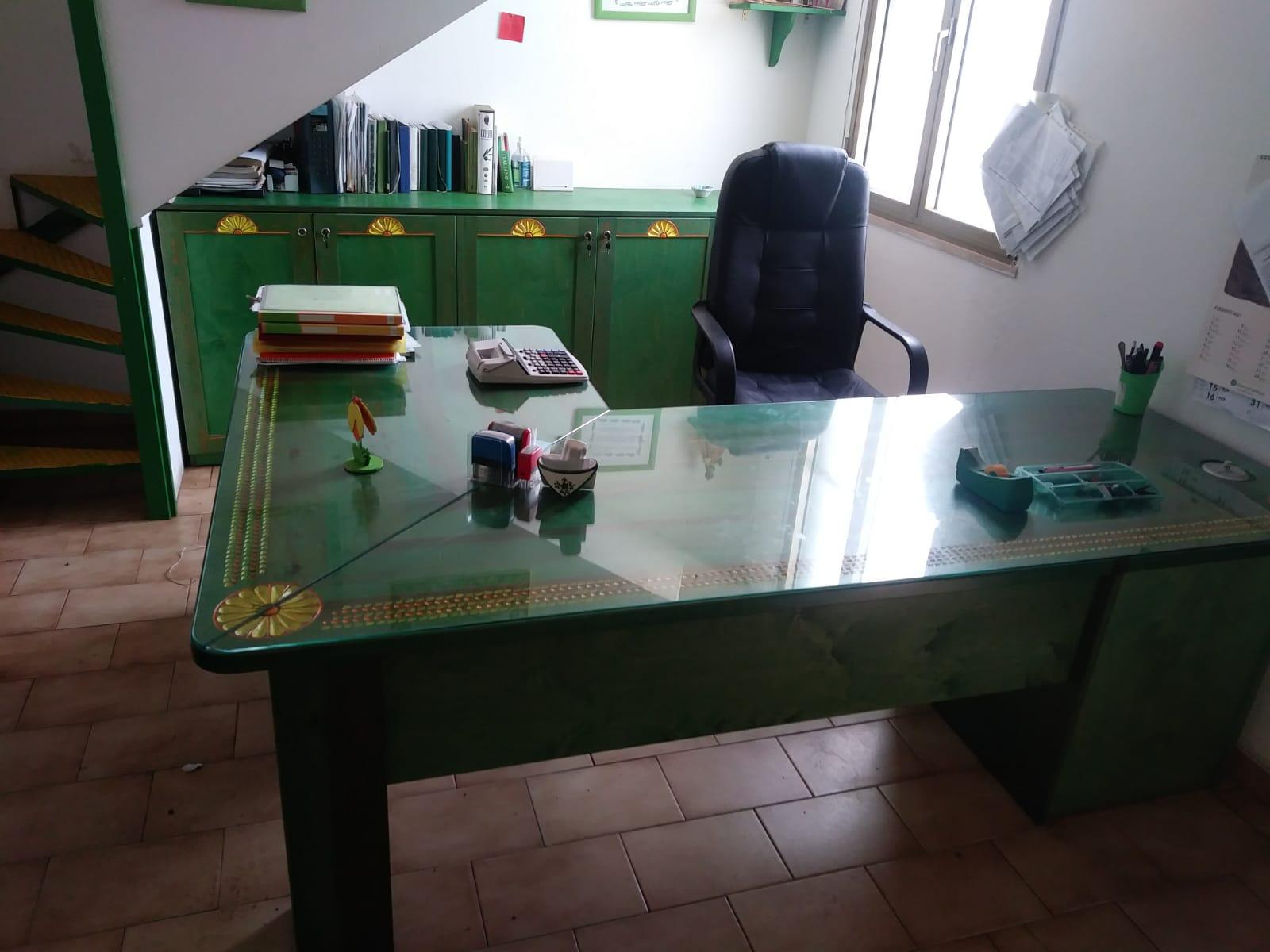 Arredi ufficio in vendita