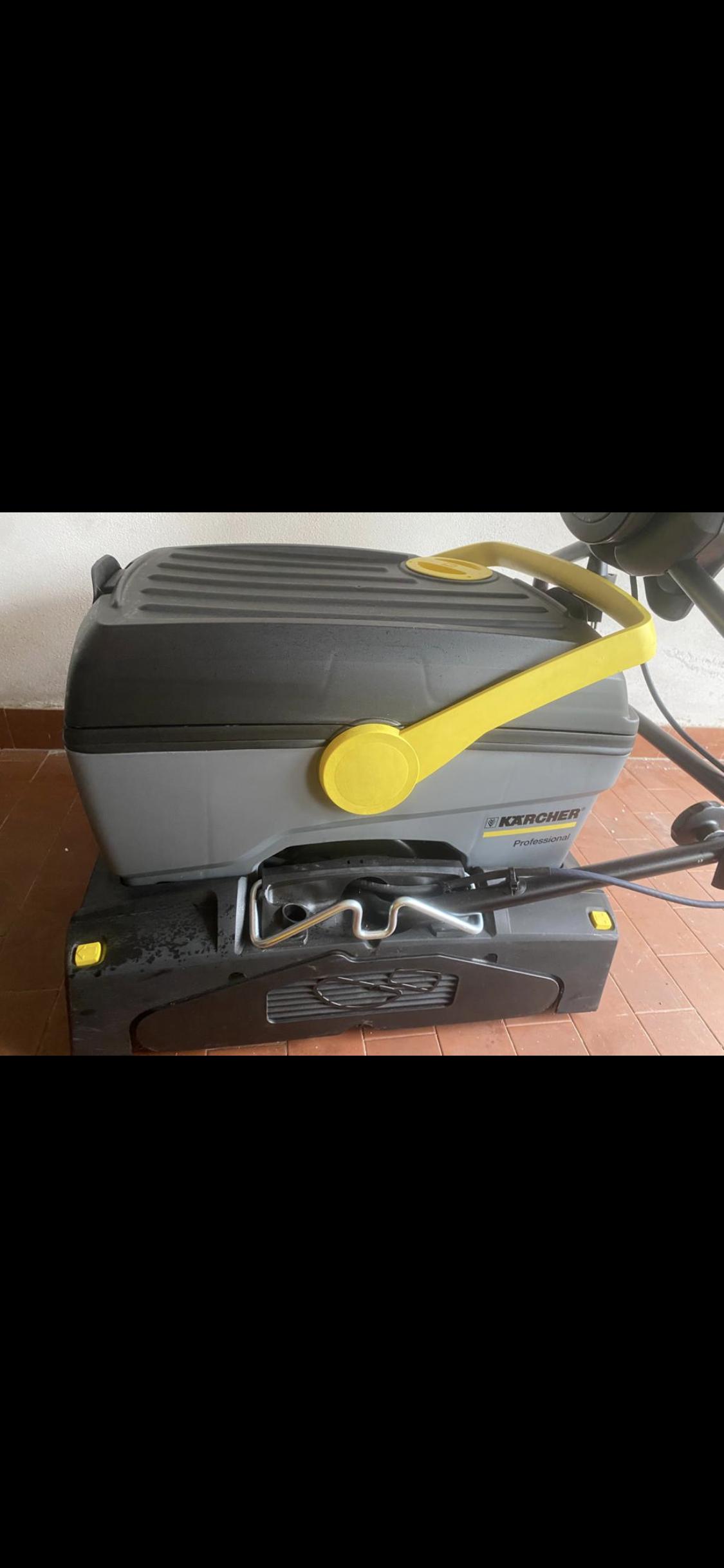 Lavasciuga pavimenti professionale  in vendita - foto 2