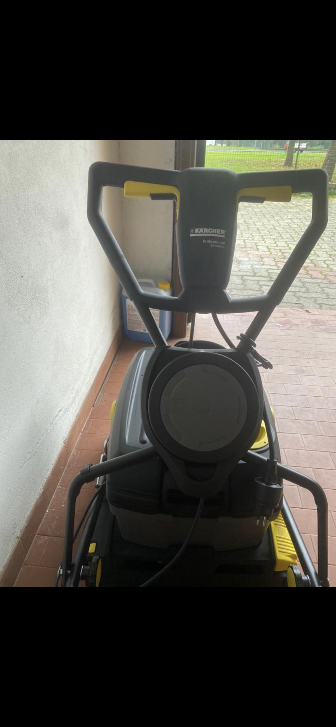 Lavasciuga pavimenti professionale  in vendita - foto 7