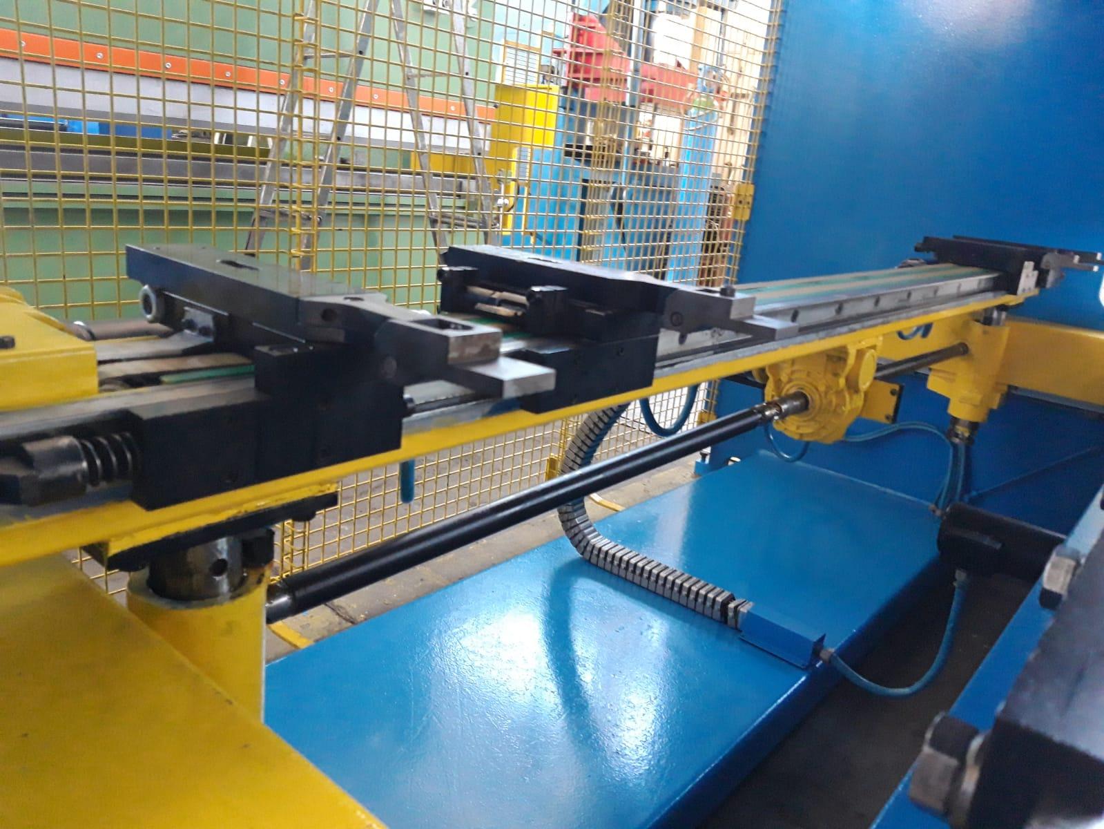 Piegatrice sincronizzata Gasparini 3000 mm x 105 ton in vendita - foto 3