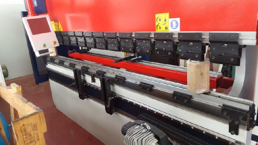 Piegatrice idraulica Toskar, easyfar 3100 x 175  in vendita - foto 5