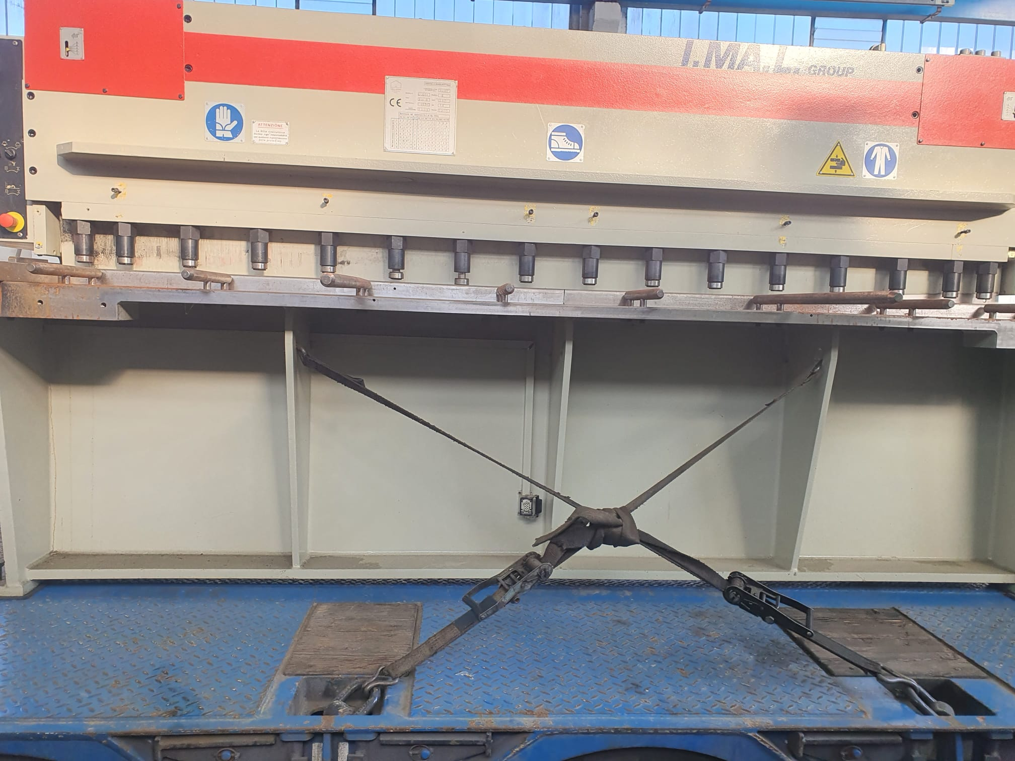 Cesoia idraulica IMAL mod. CCOSI 3000 mm x 6 mm in vendita - foto 2