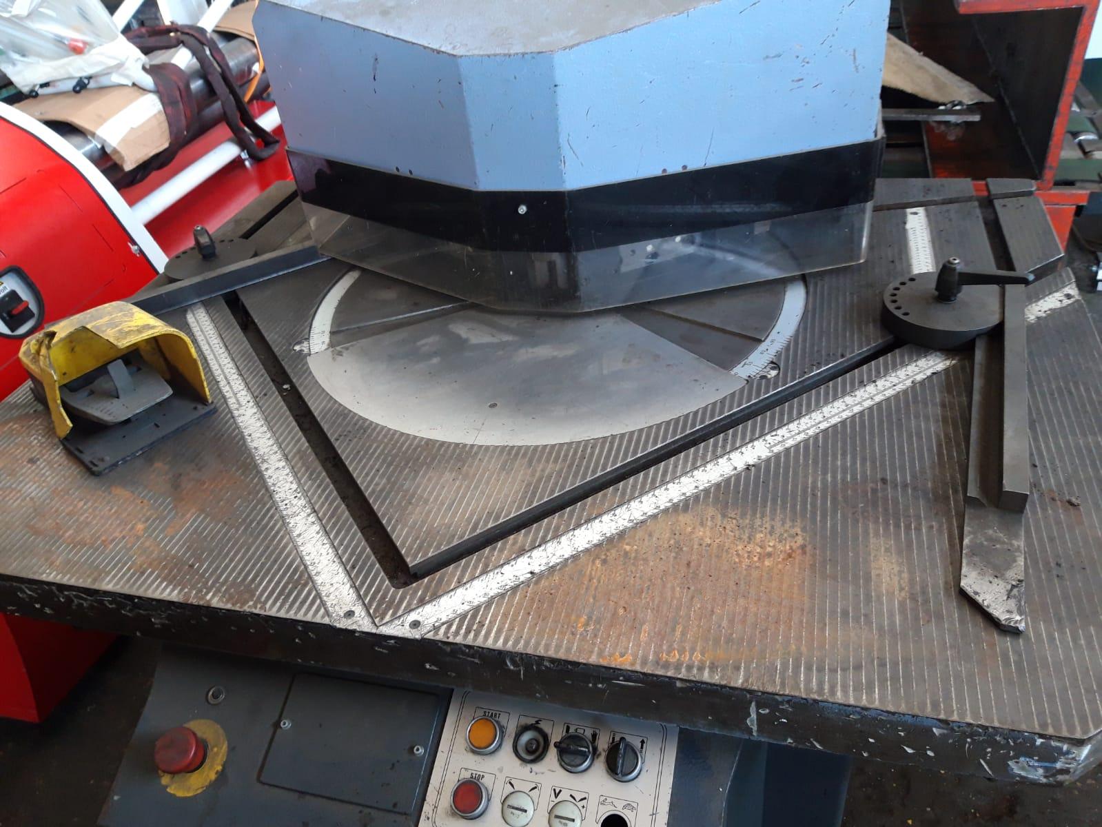 Scantonatrice idraulica Comaca var 250 in vendita - foto 5