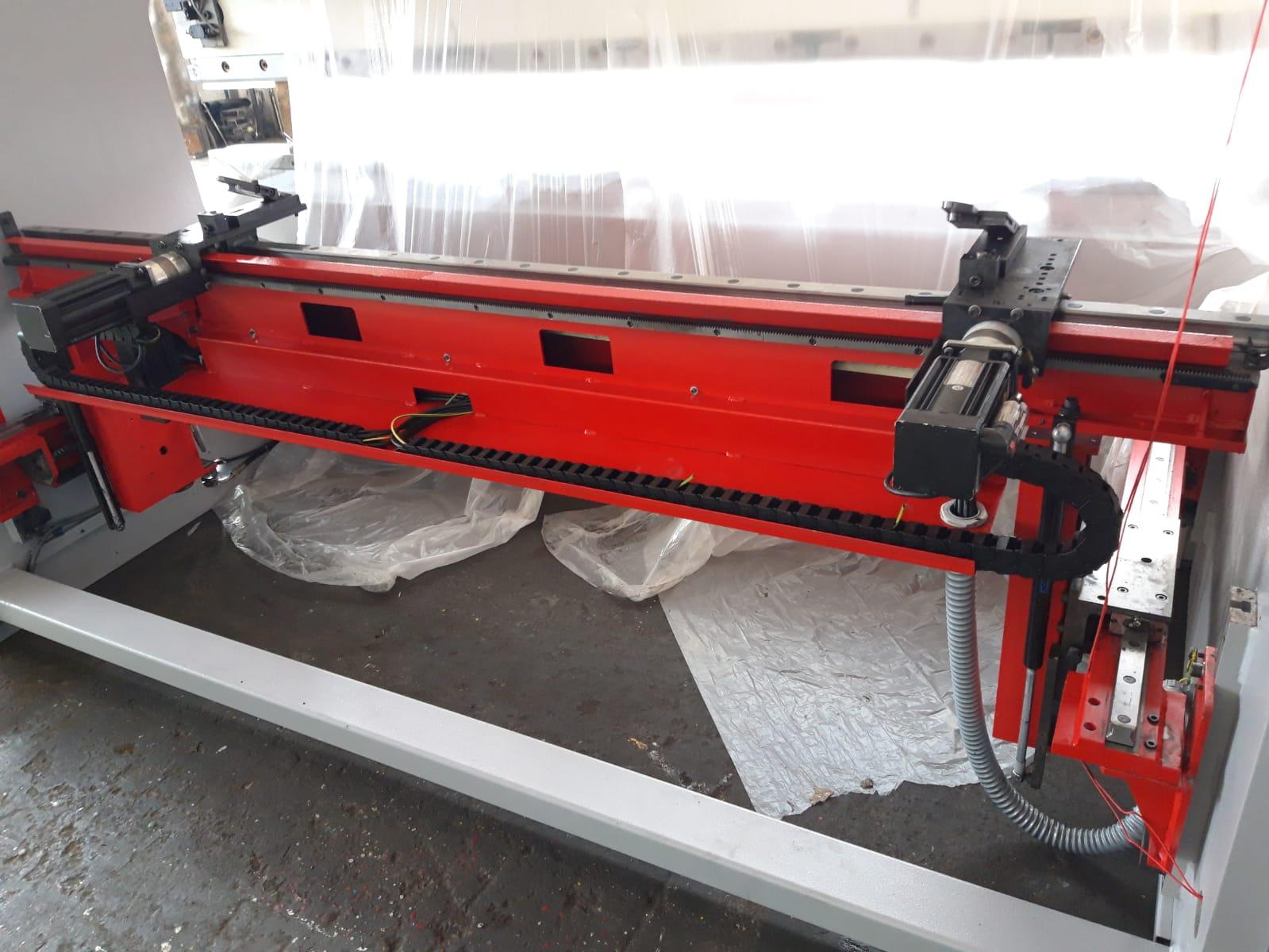 Piegatrice idraulica Beyeler Pr 10 3100 mm x 150 ton in vendita - foto 5