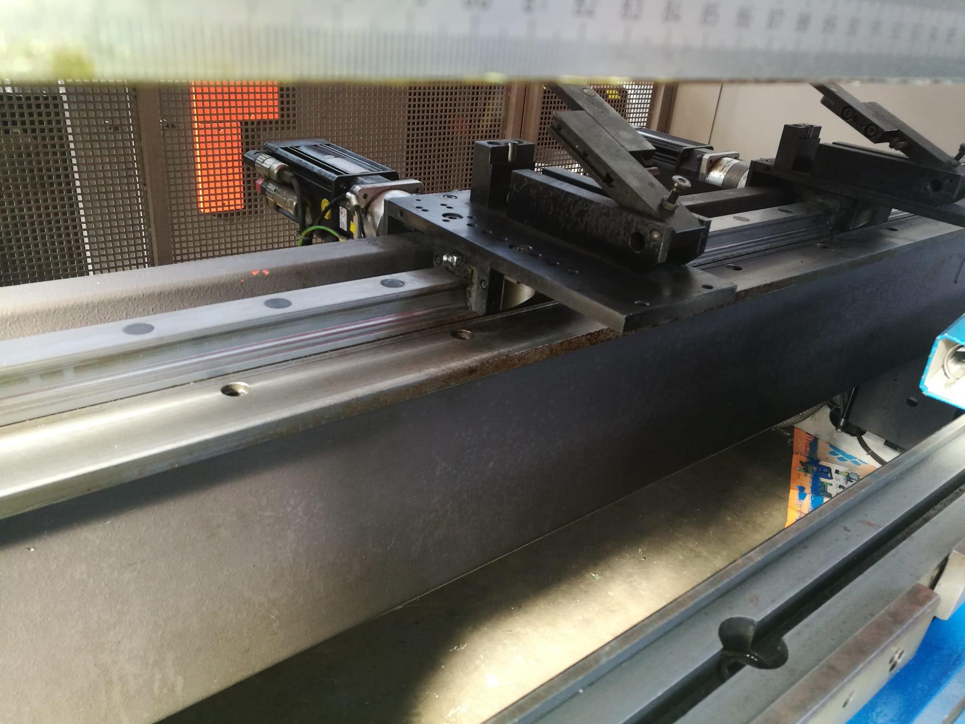 Piegatrice Beyeler pr 6 3100 mm x 100 ton 8 assi in vendita - foto 3