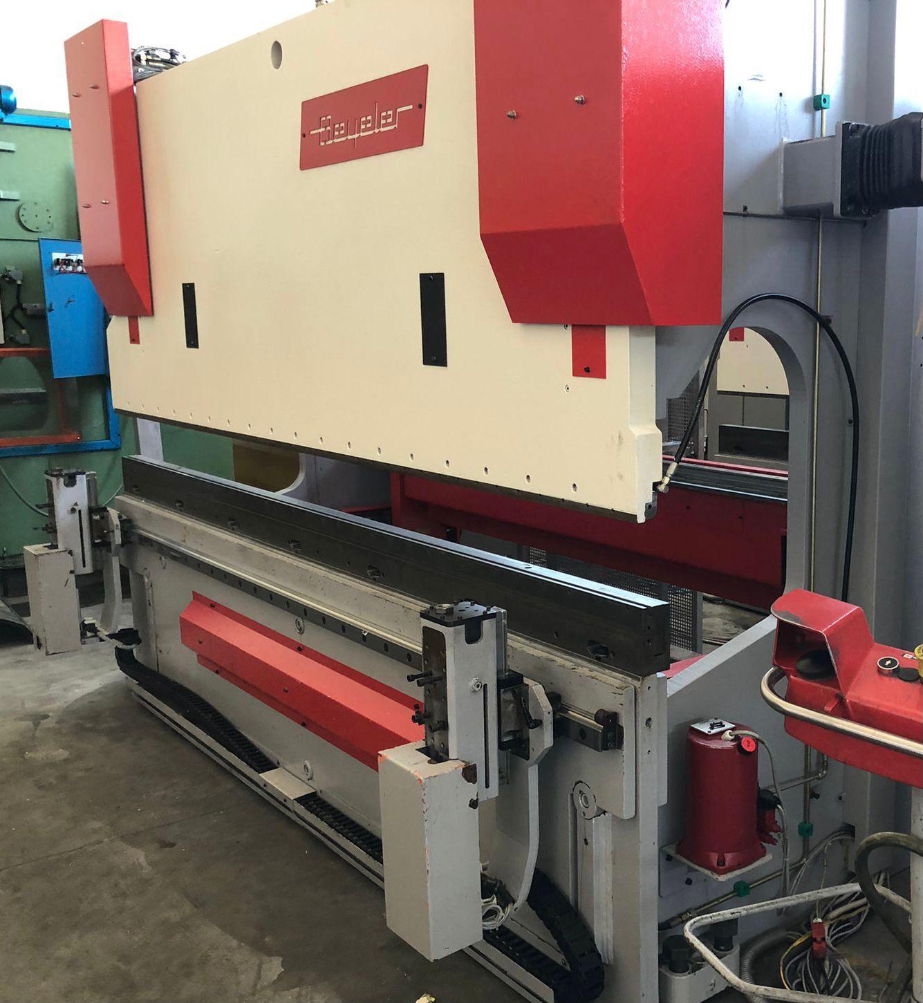 Piegatrice Beyeler idraulica 3100 mm x 150 ton in vendita - foto 2