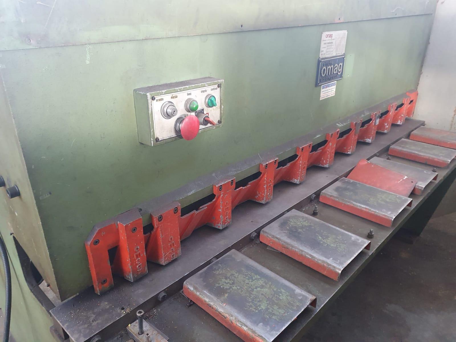 Cesoia idraulica OMAG 2000 mm X 4 mm CI 204 in vendita - foto 3