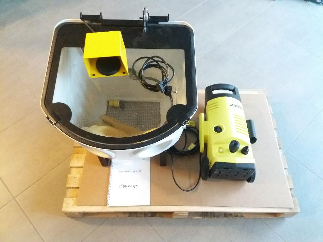 Stratasys OBJET30 V3 / V5 - sistema lavaggio prototipi in vendita - foto 2