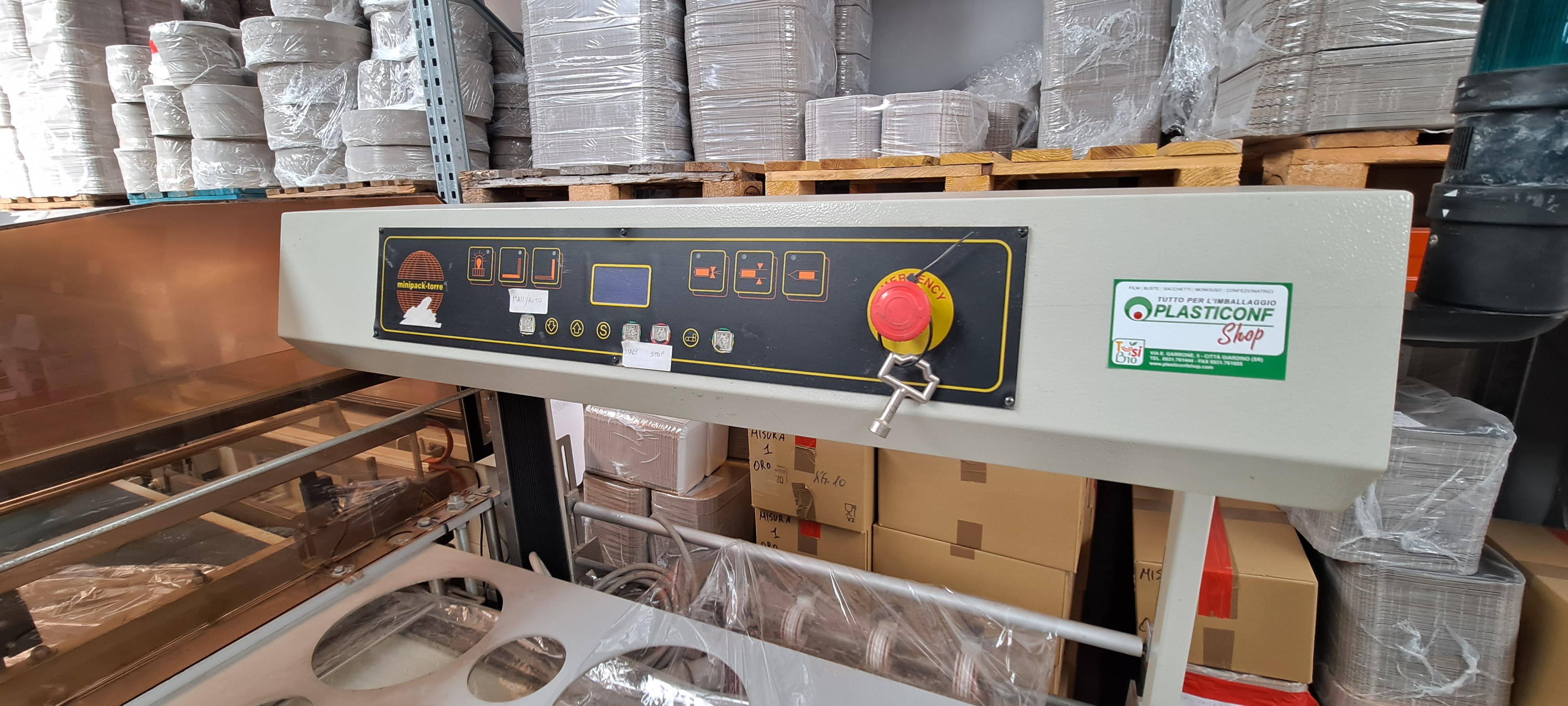 CONFEZIONATRICE AUTOMATICA SEALMATIC 79T CON TUNNEL in vendita - foto 3