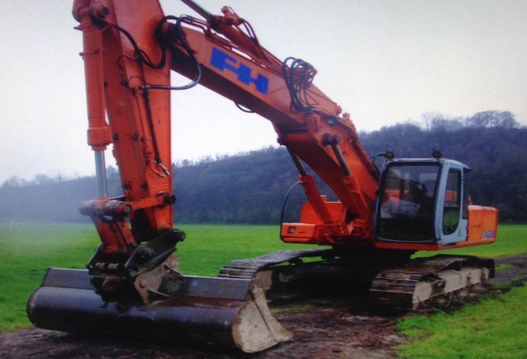 Escavatore triplice in vendita - foto 1