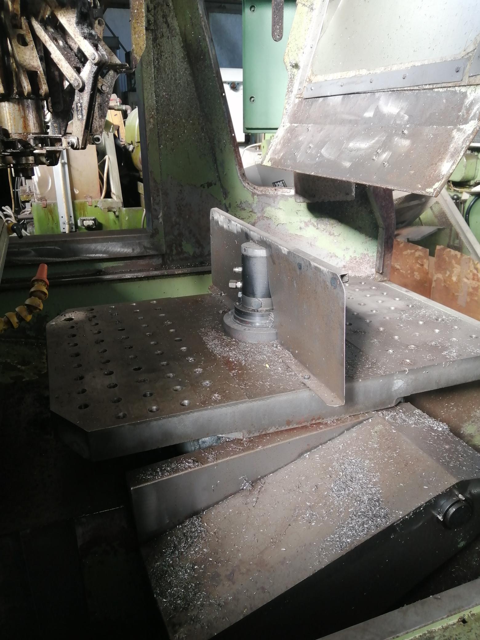 Macchina Industriale CHIRON FZ16 NC con Sinumerik 810D in vendita - foto 10