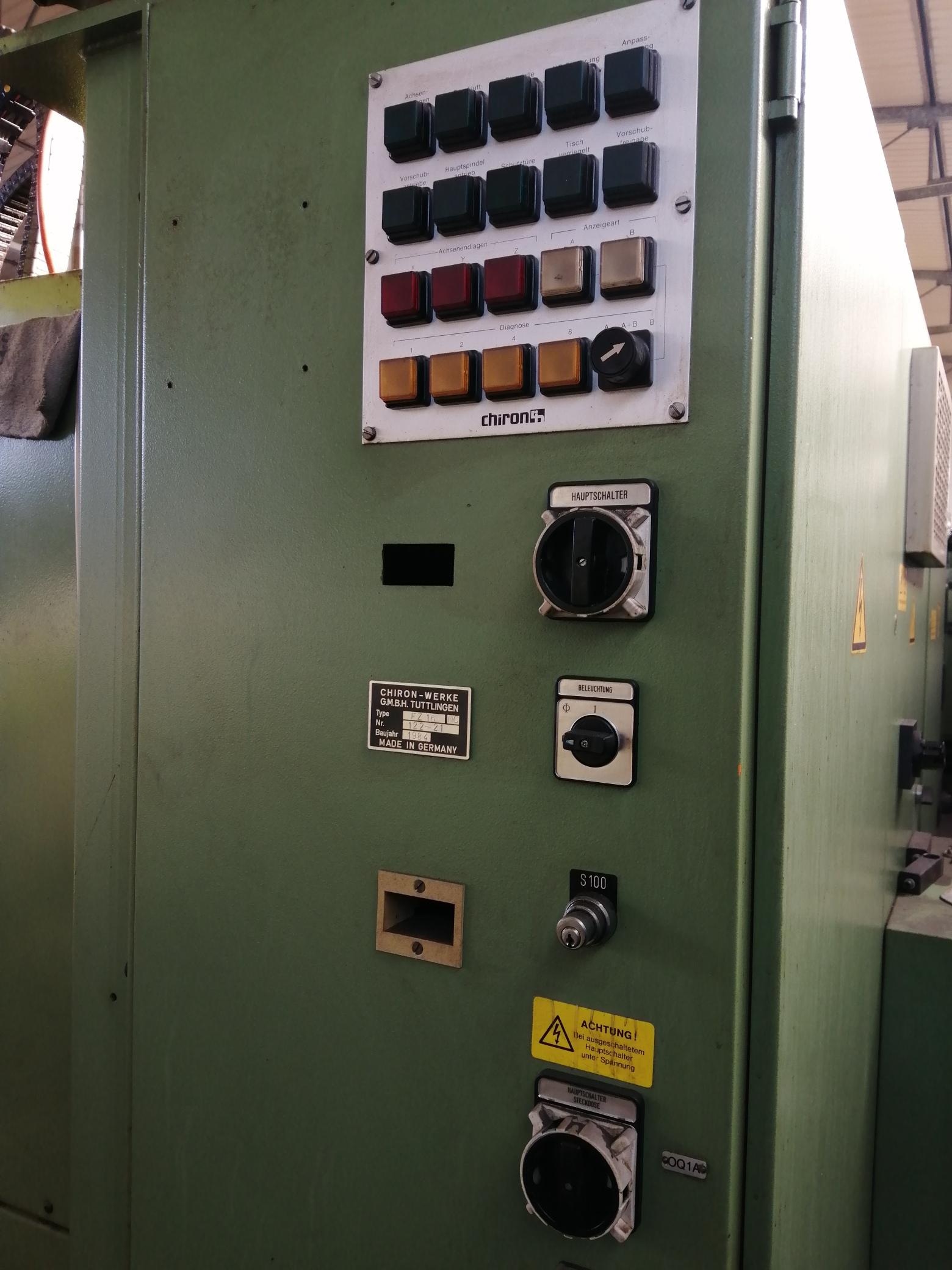 Macchina Industriale CHIRON FZ16 NC con Sinumerik 810D in vendita - foto 11