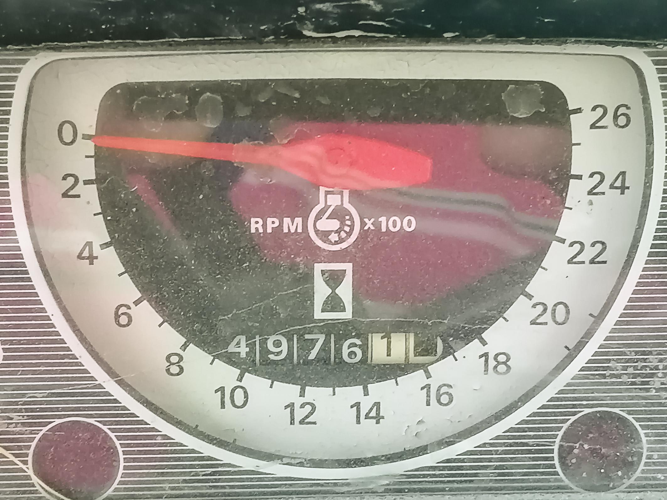 Trattore Ford 6600 con forcone frontale in vendita - foto 2