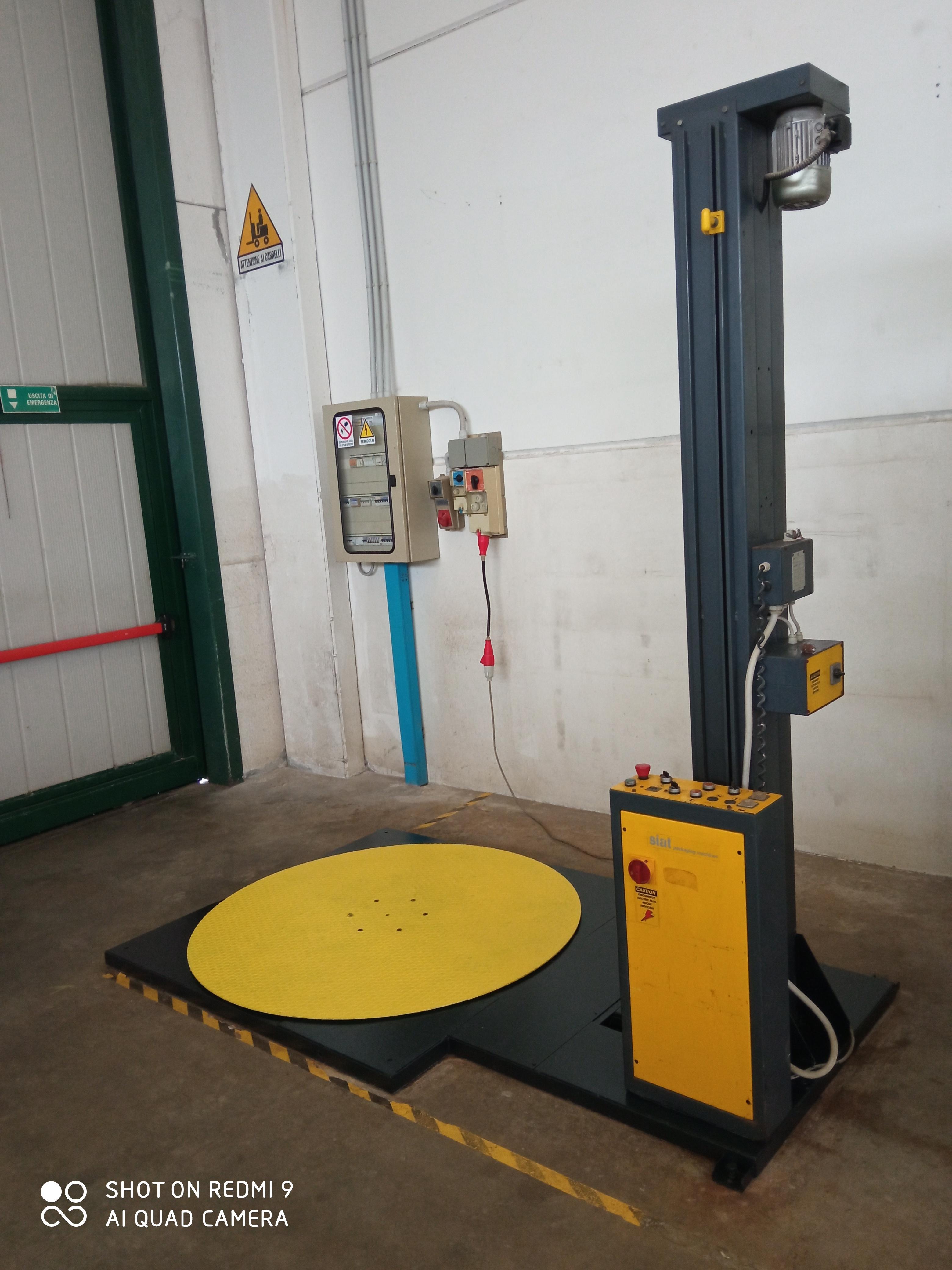 Pallettizzatore automatico con tavola rotante in vendita - foto 2