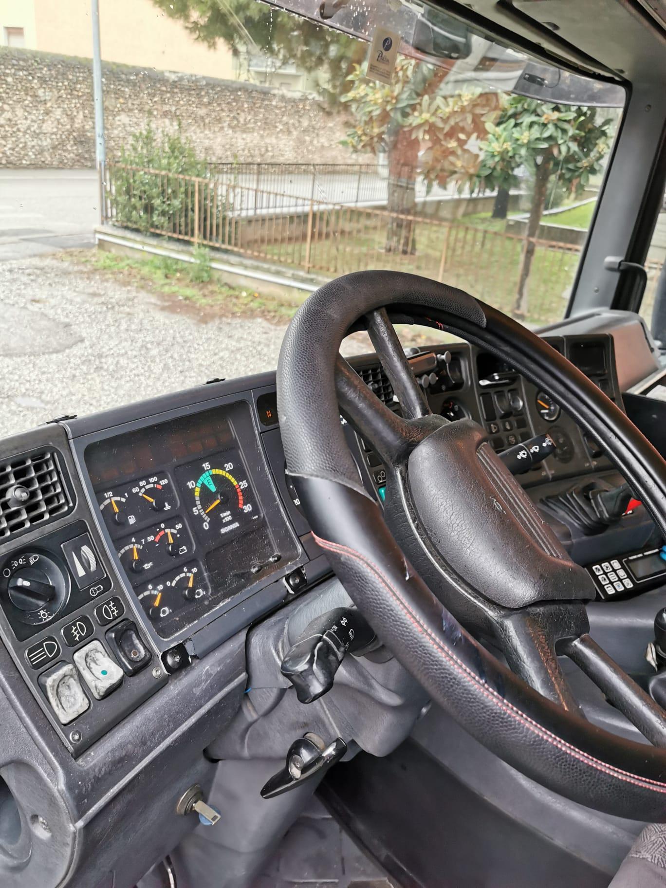 Scania  in vendita - foto 9