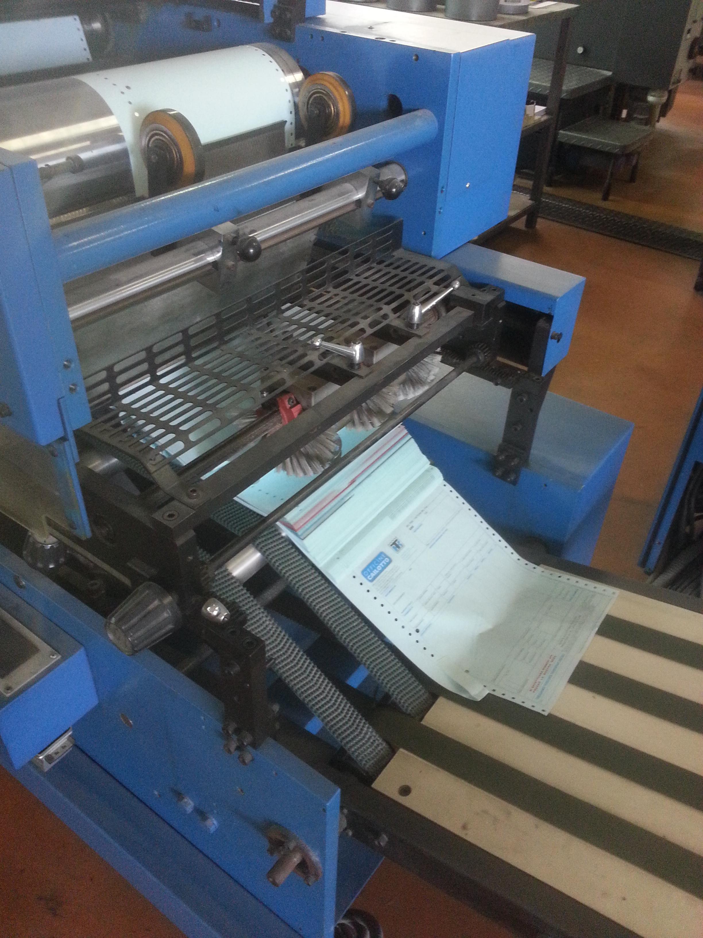 Macchine da stampa per moduli continui in vendita