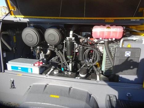 Compressore Atlas Copco Xavs 186 Jd in vendita - foto 4