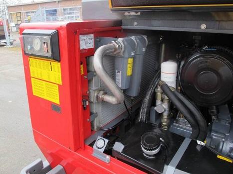 Compressore Atlas Copco Xahs 186 in vendita - foto 3