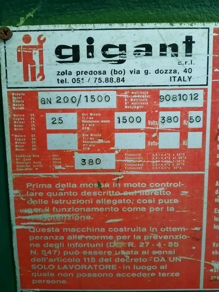 Pressa oleodinamica Gigant 200T/1500 usata in vendita - foto 3