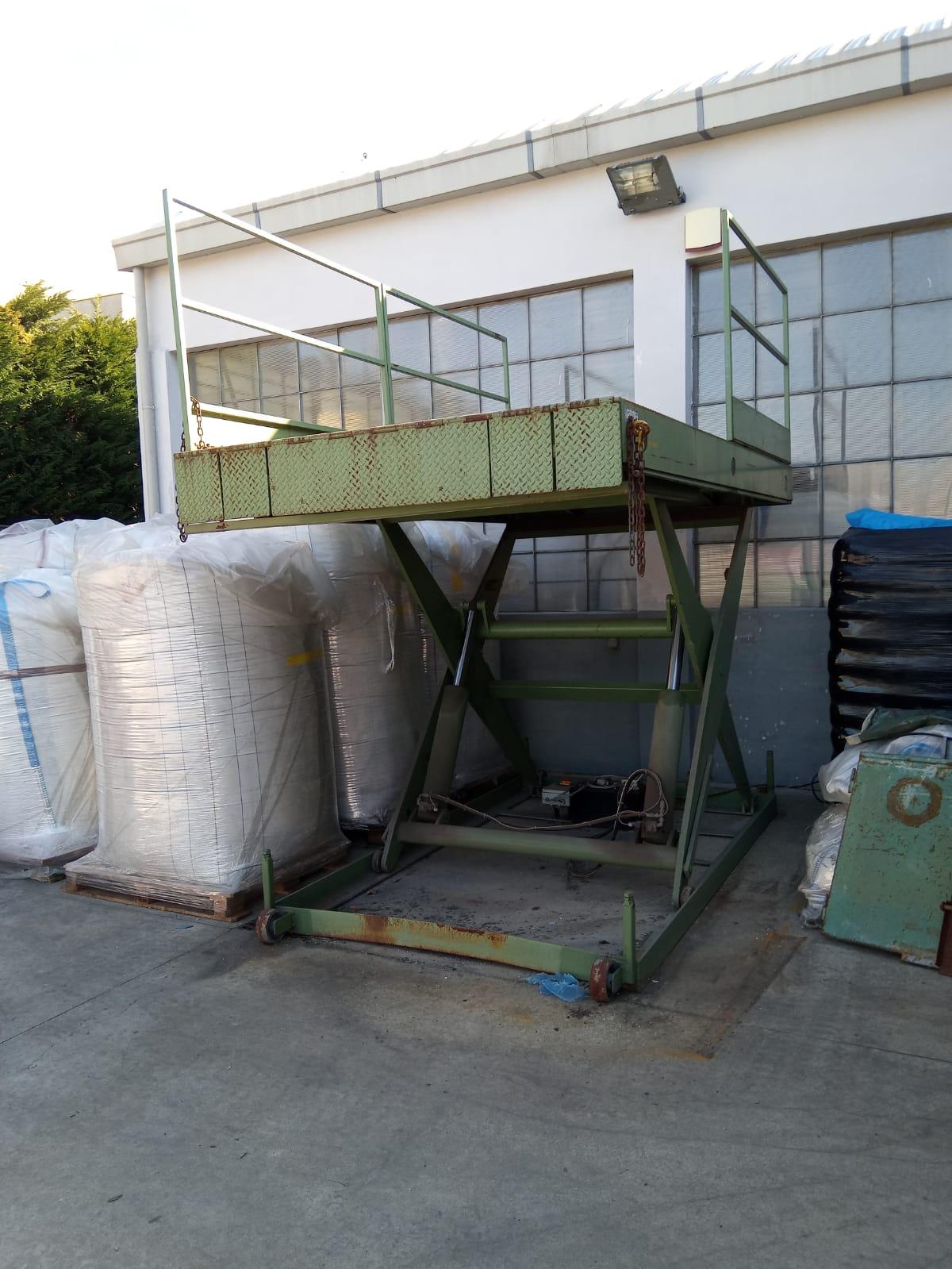 Piatta forma per carico containers in vendita - foto 3
