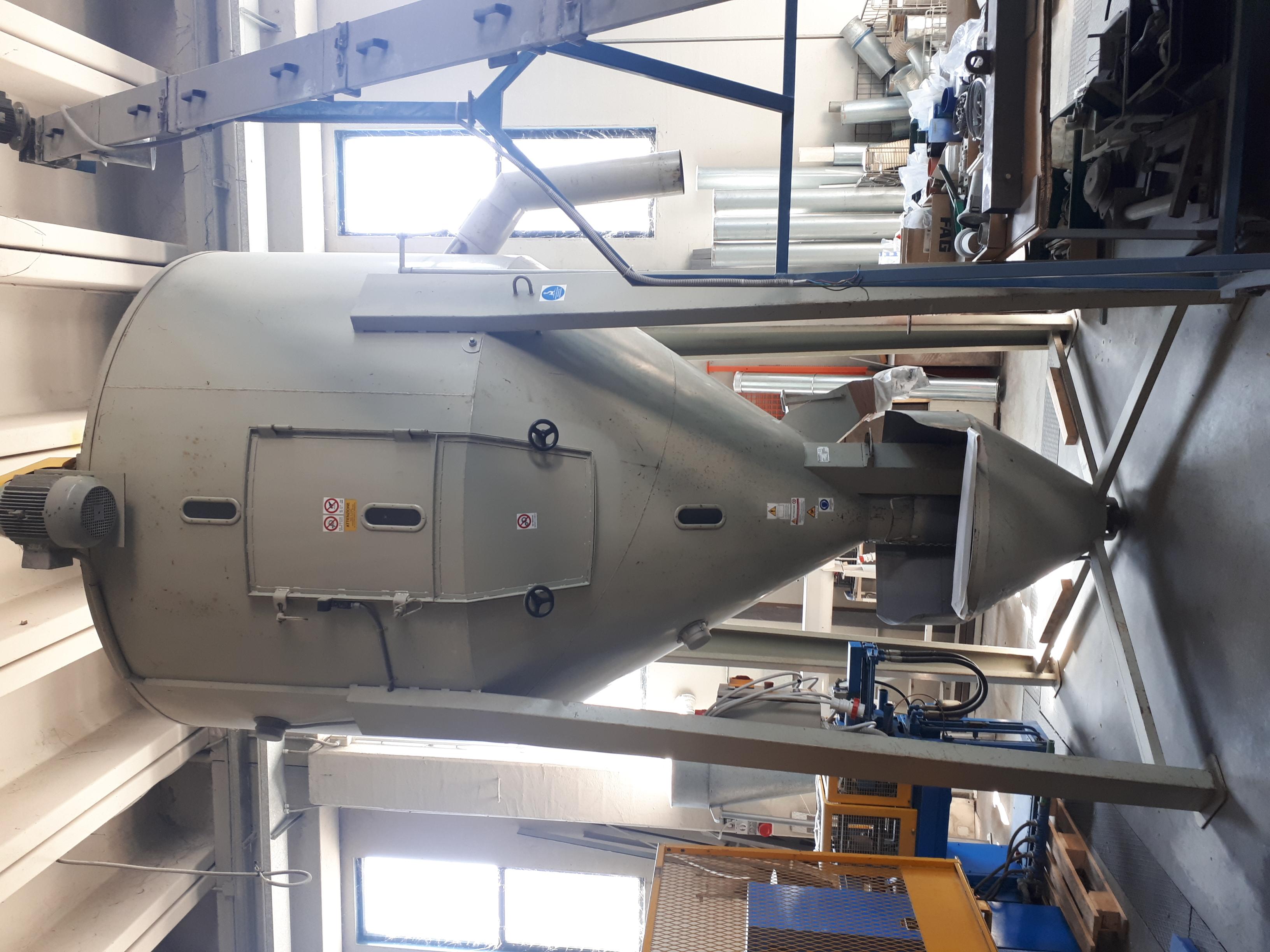 silos miscelatore Beccaria lt. 8000 in vendita - foto 1