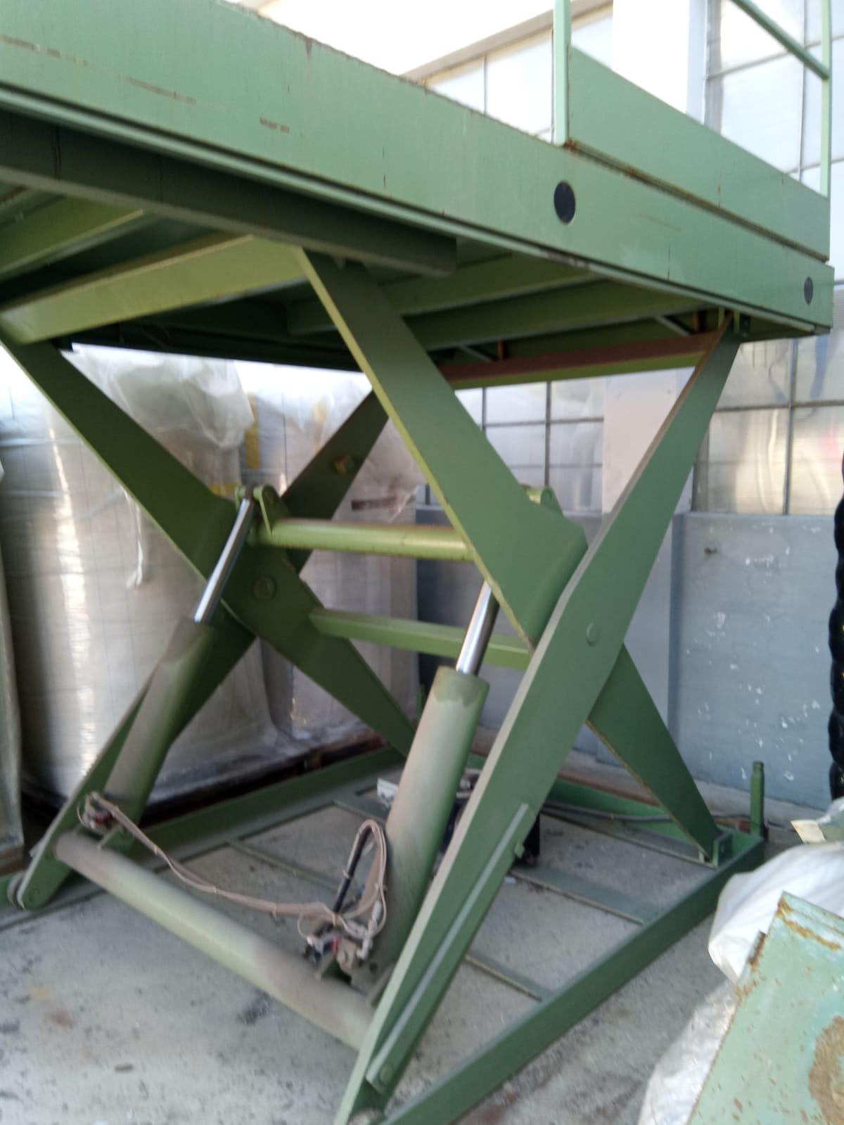 Piatta forma per carico containers in vendita - foto 2