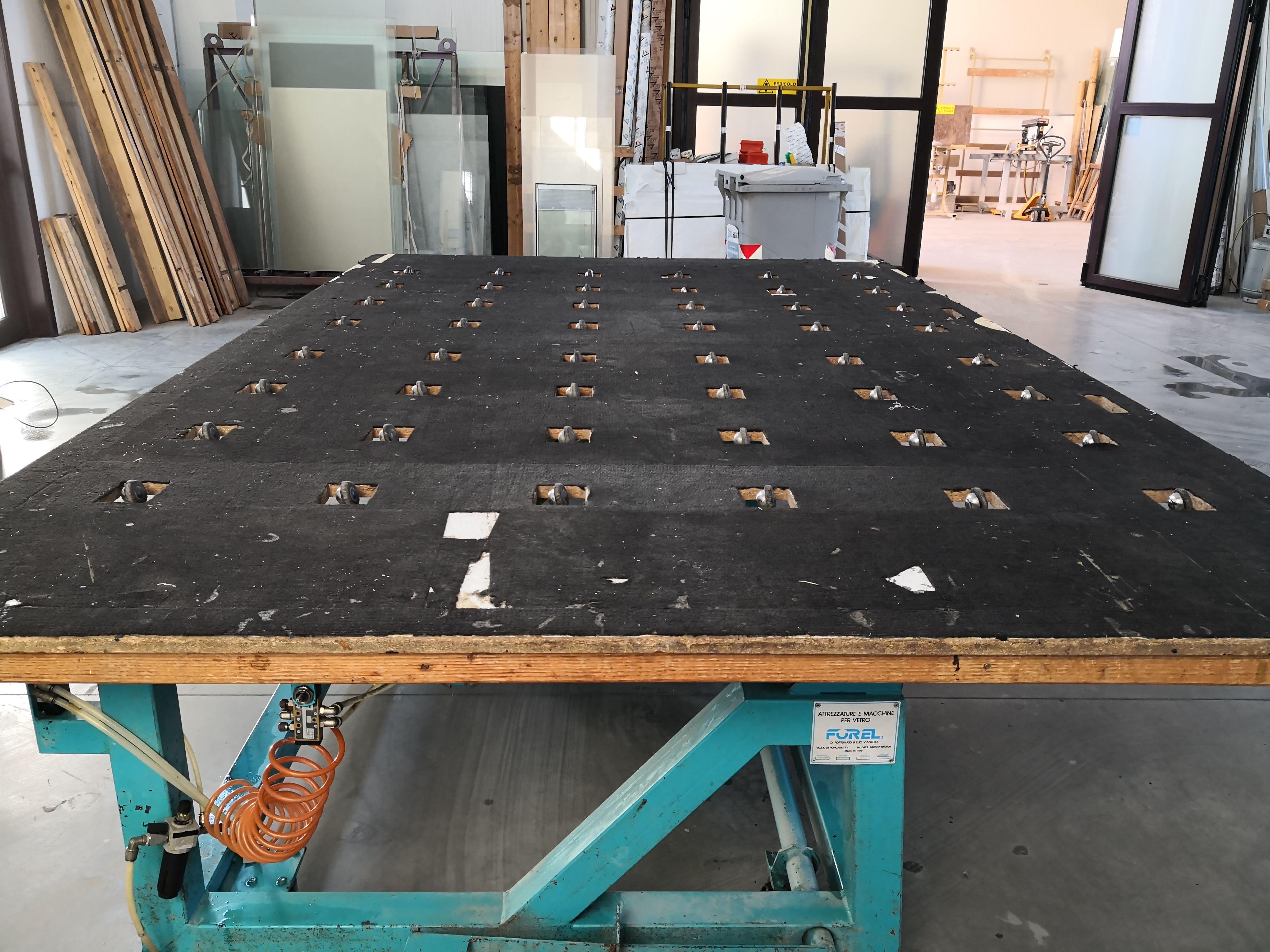 Tavolo per la lavorazione del vetro in vendita - foto 11