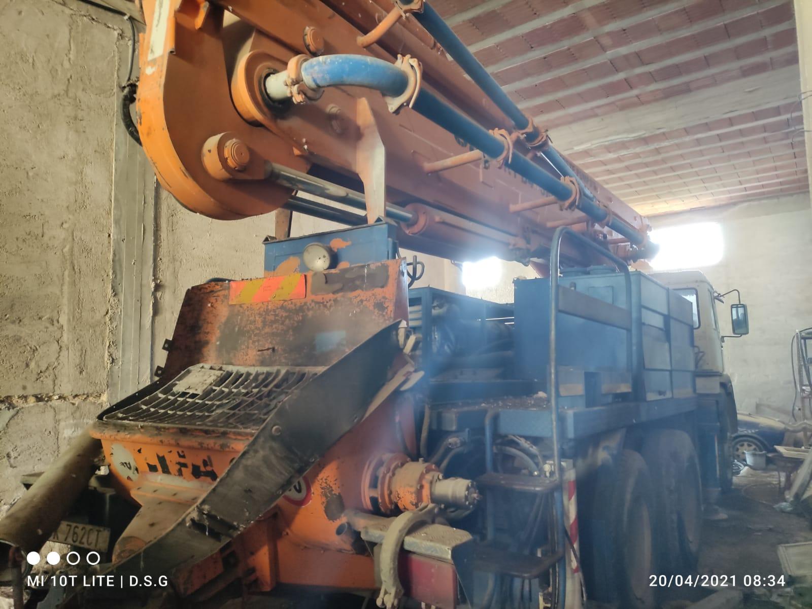 pompa per cemento in vendita - foto 3