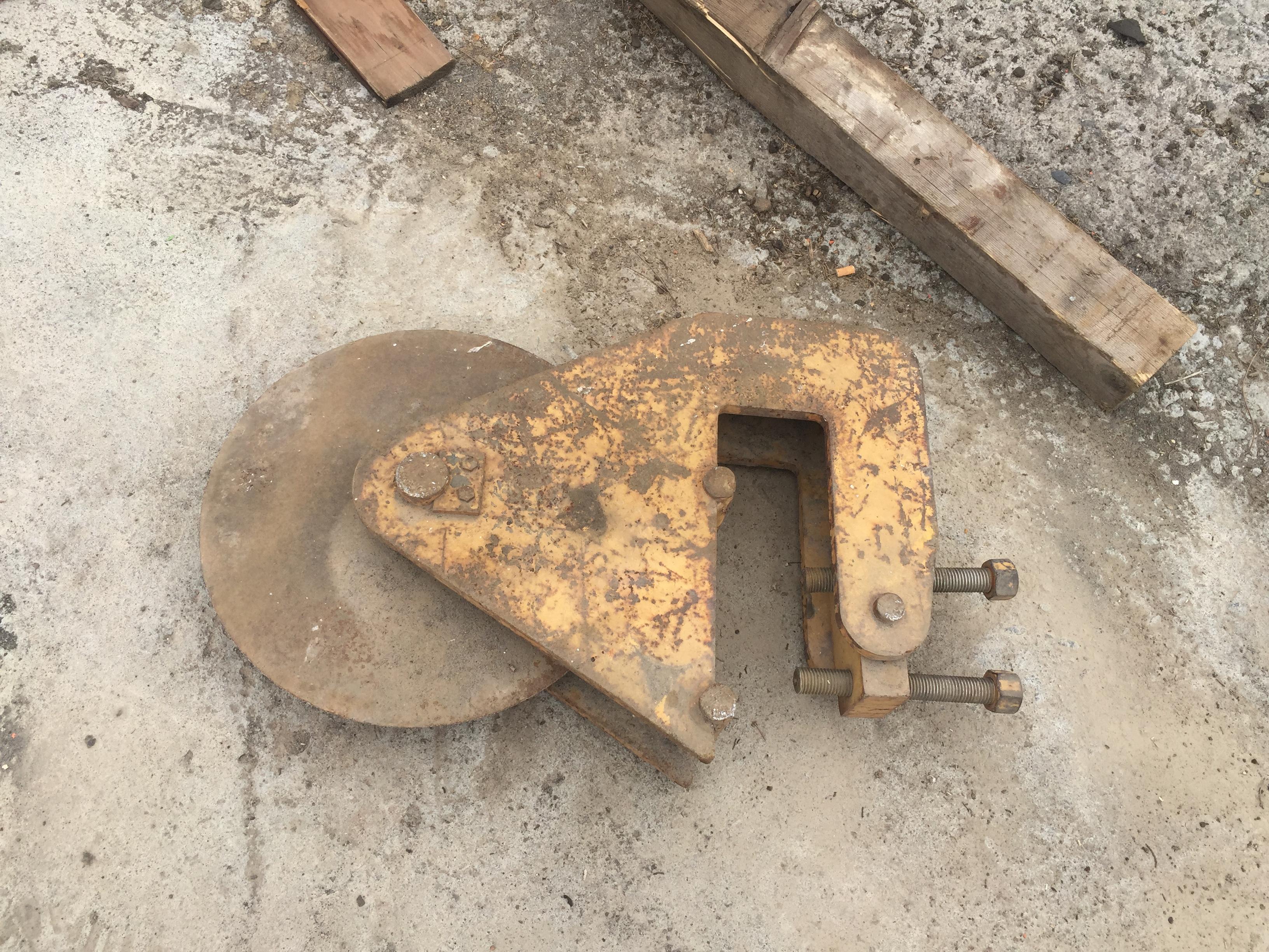 Taglia asfalto  in vendita - foto 1