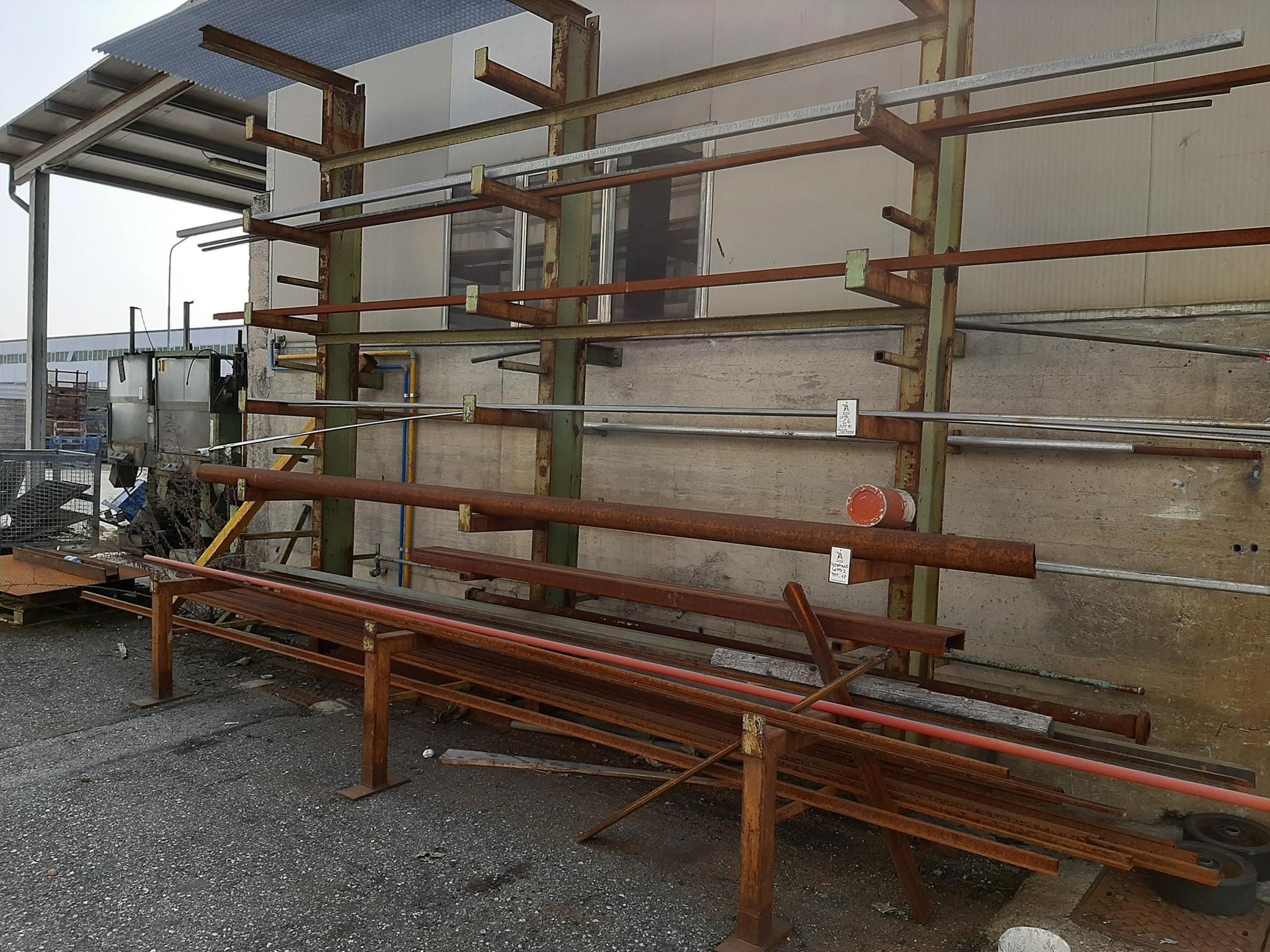 Trapano radiale Itama e materiale ferroso vario in vendita - foto 1