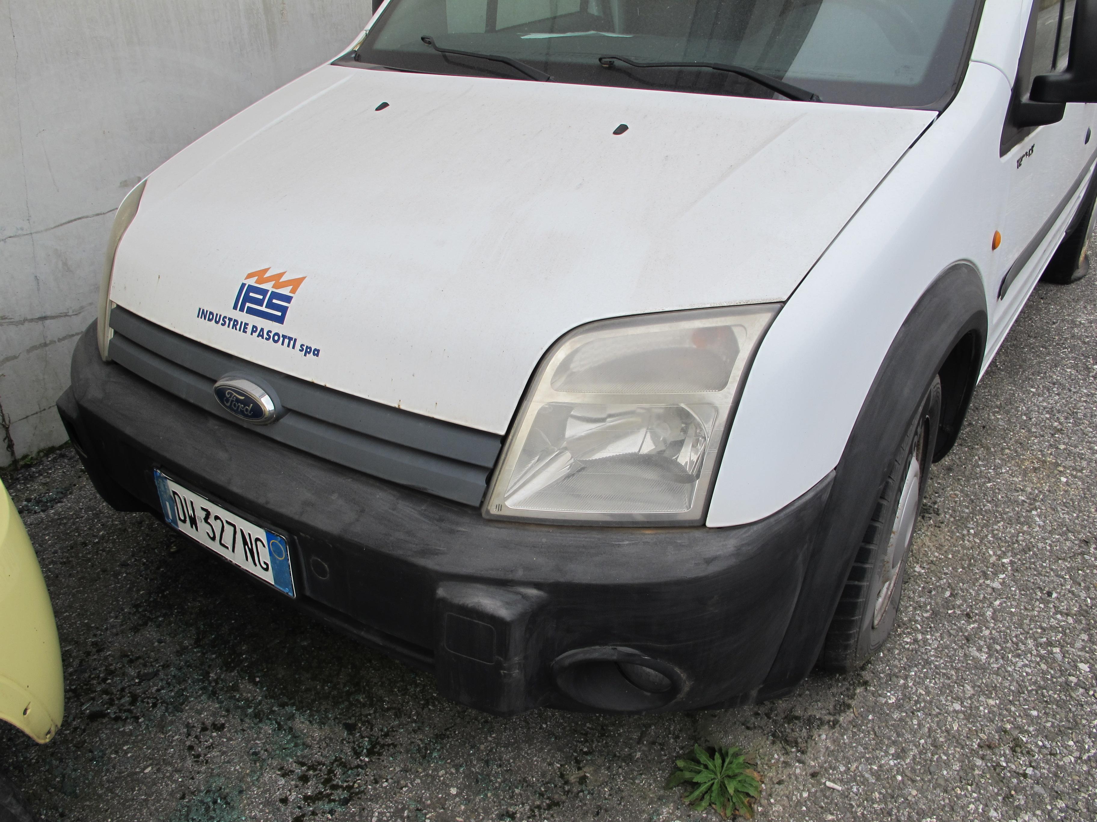 Fiat Panda e furgone Ford Transit in vendita - foto 3