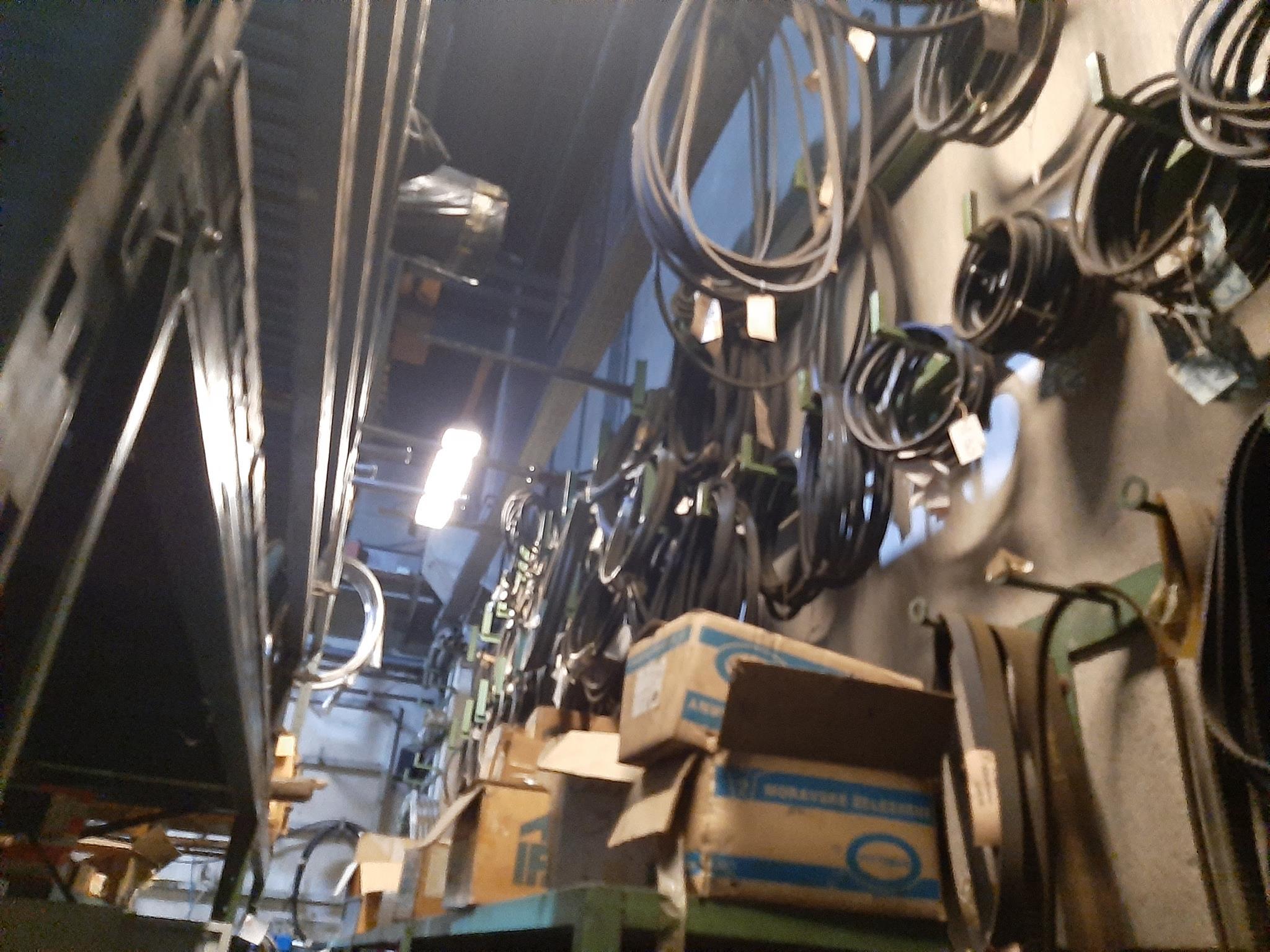 Magazzino componenti meccanici e oleodinamici in vendita - foto 11