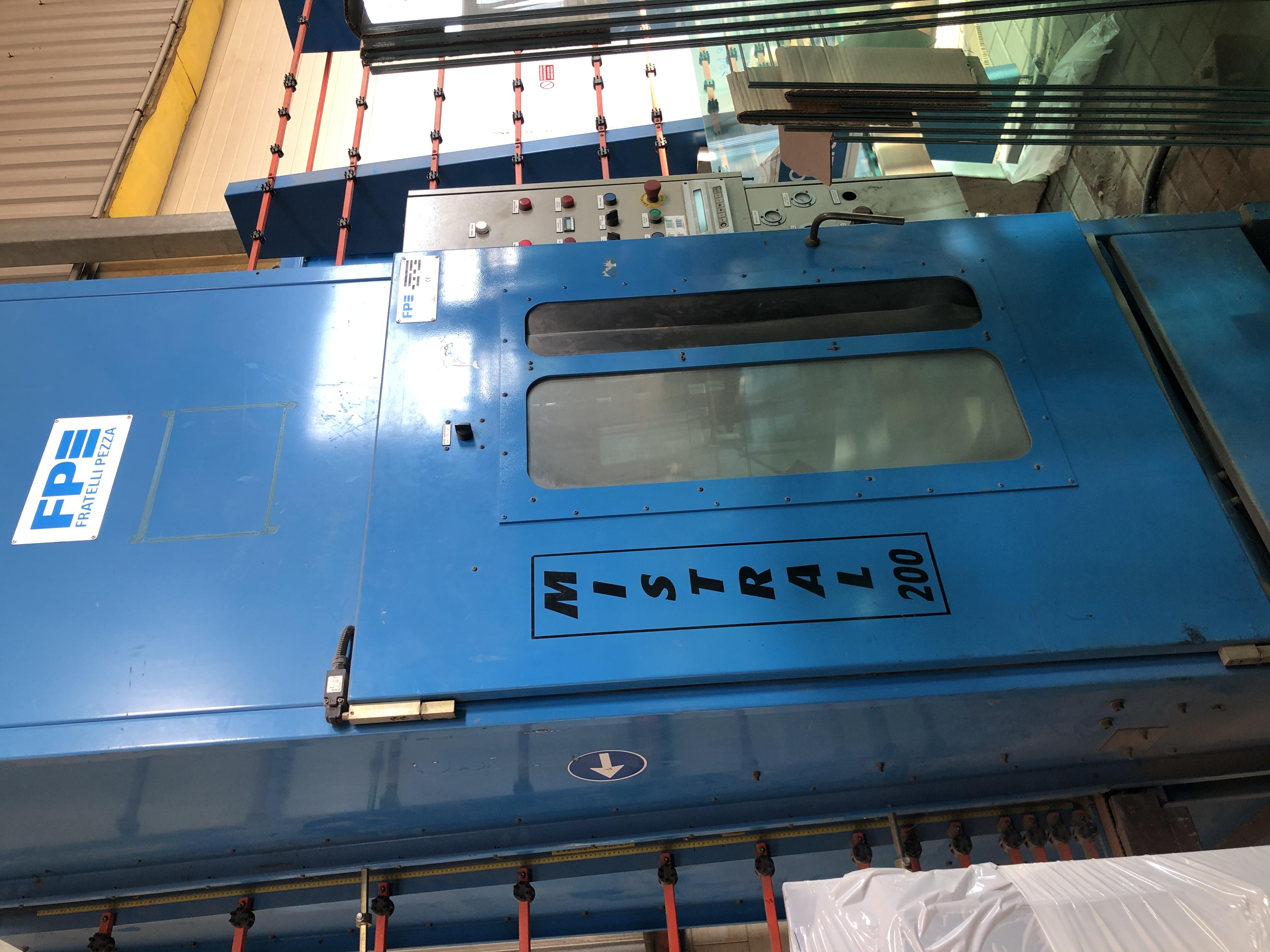 Macchine lavorazione vetro in vendita