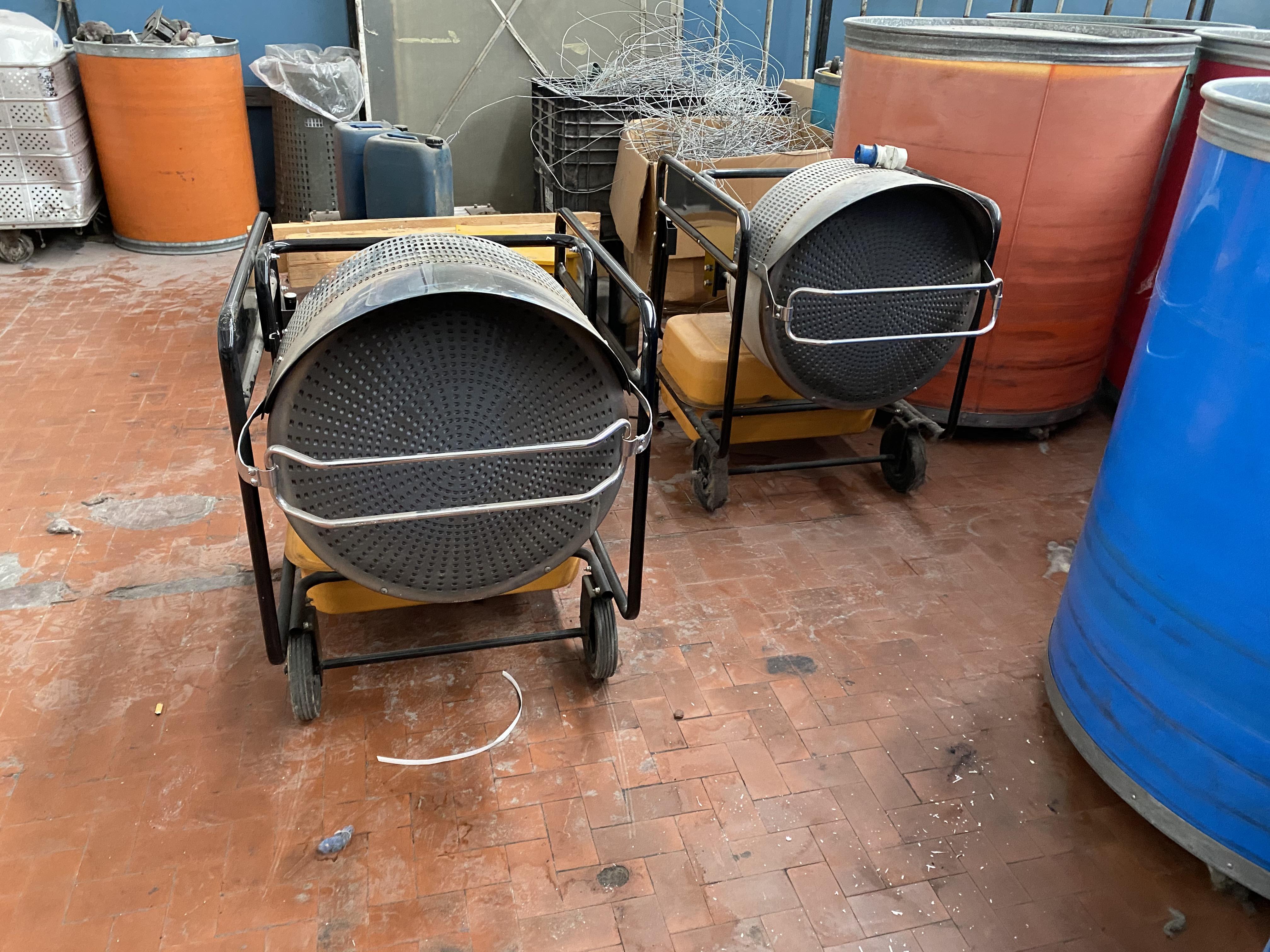 Due stufe a Gasolio per riscaldamento in vendita - foto 2